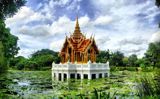 Phlappla Yot temple