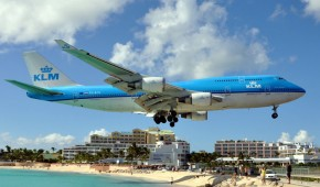The 8 most dangerous airports in the world!