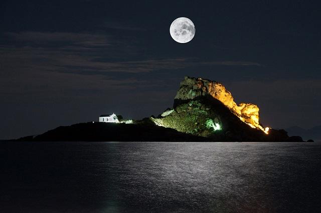 Kastri at Night