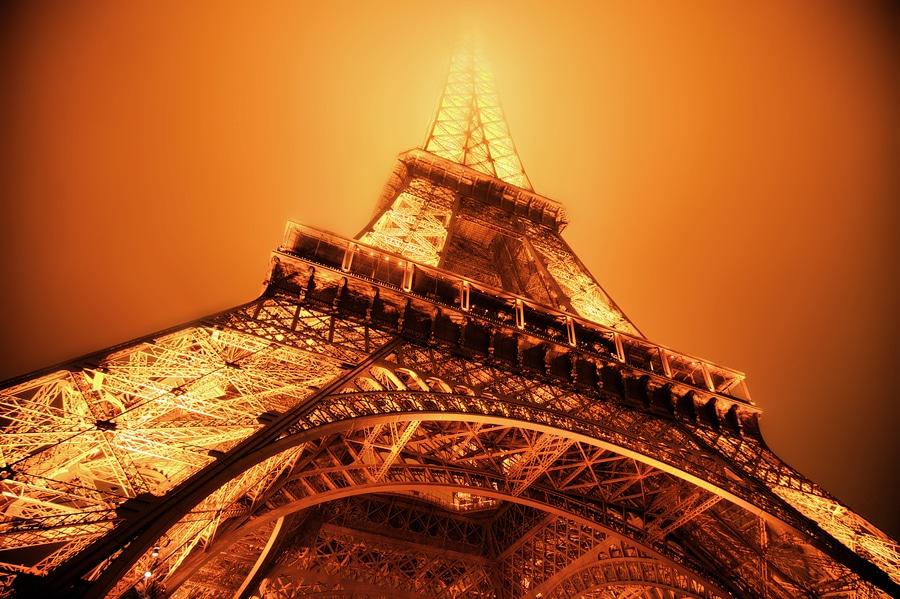Eiffel Tower fire Light