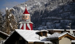 Saint Niklaus is located in Switzerland | The world's largest Santa Claus
