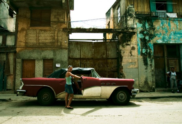 Posing in Havana