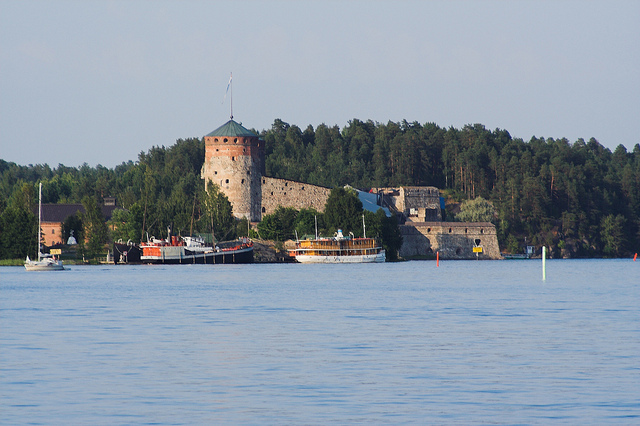 Many tourists visit the castle