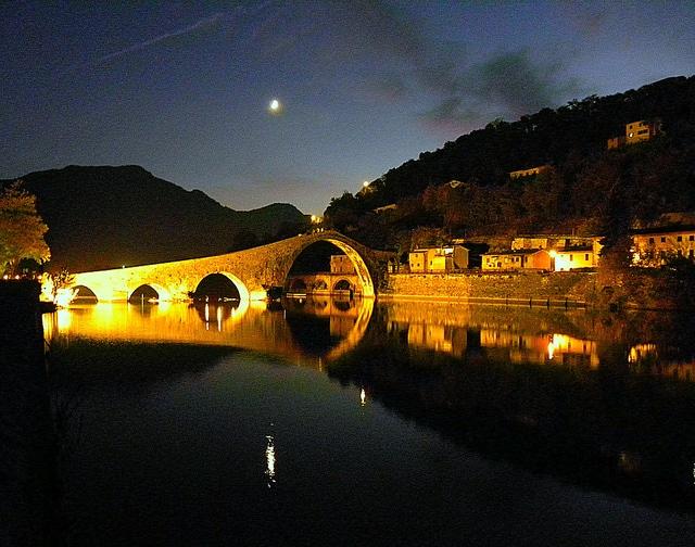 Devil's Bridge at night