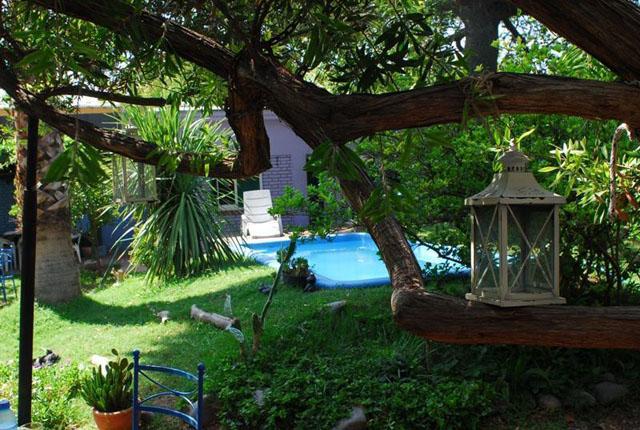 Hostel Lao pool
