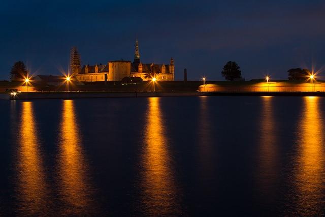 Kronborg by night