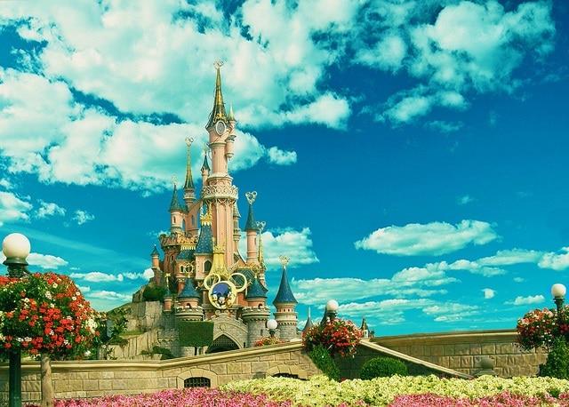 Disneyland Paris Noon