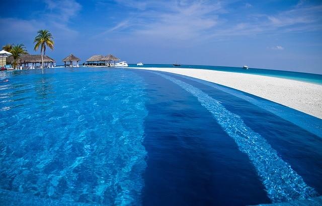 Хотел Веласару, Малдивите