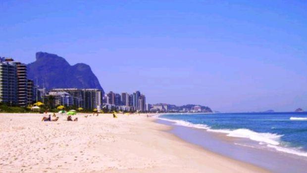 Praia da Barra da Tijuca in Rio - Brazil