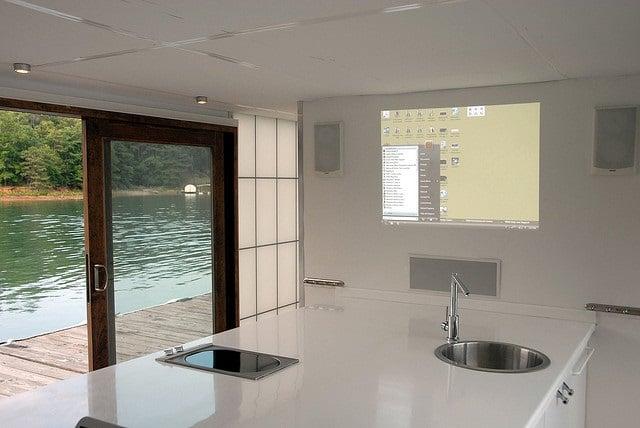 Houseboat, kitchen