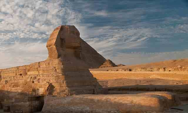 Great Sphinx, Giza Pyramids, Egypt