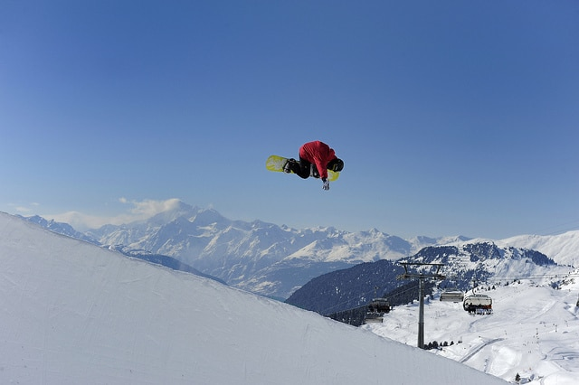 Flying over Aletsch Arena
