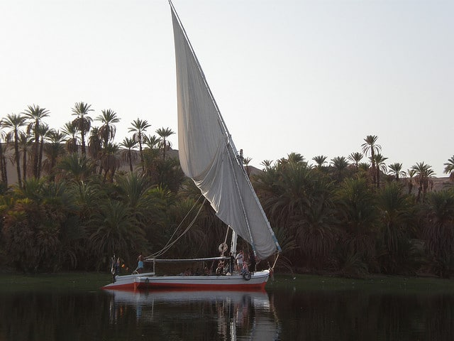Exploring the Nile on a felucca
