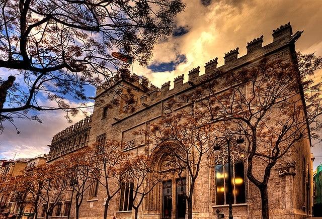 Discover the essence of Valencia