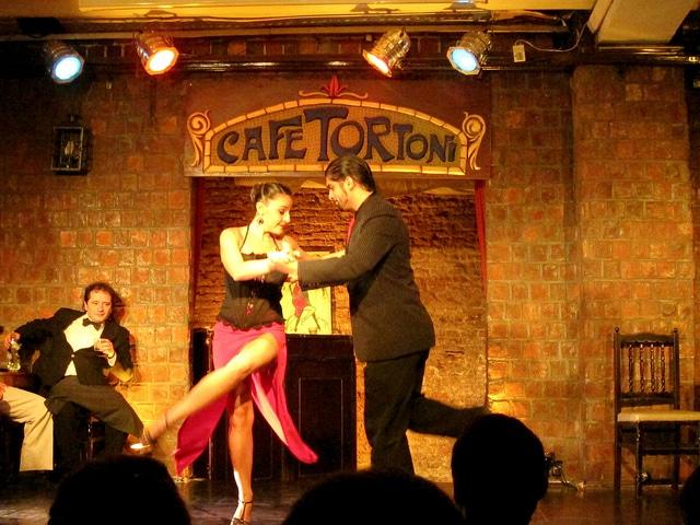 Tango show at Café Tortoni
