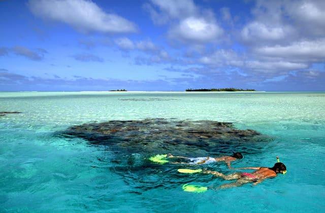 Sea around Aitutaki