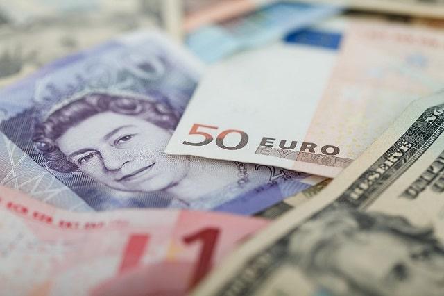 currencies-aa