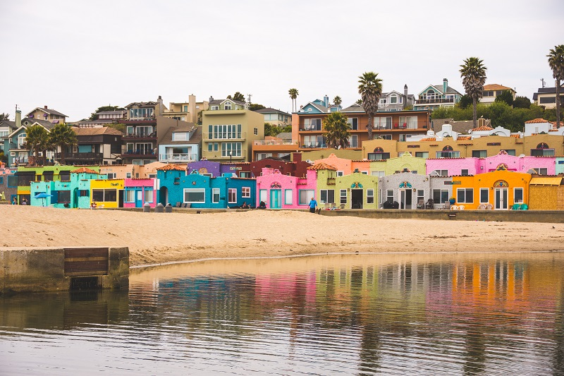 nominated-the-colorful-capitola-beachfront