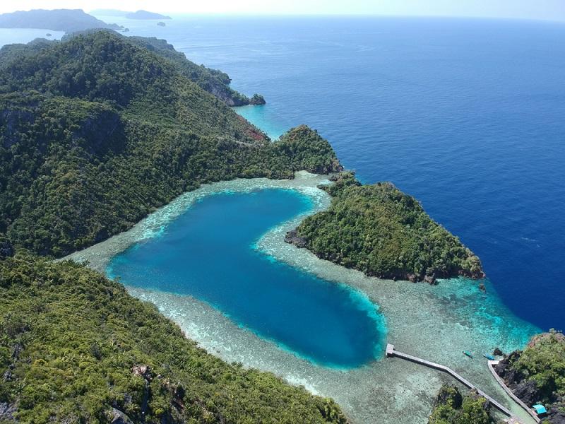 secret-holiday-destinations-Raja-Ampat