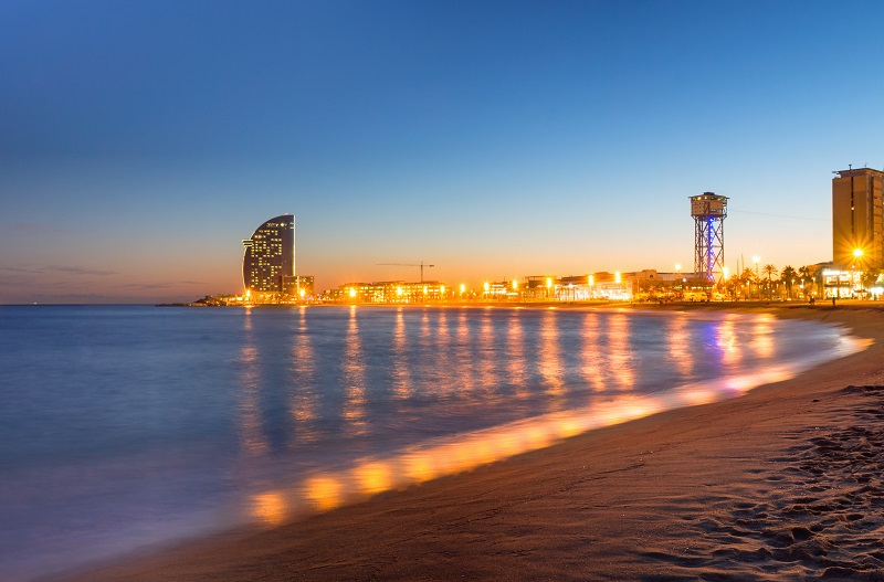 beach-in-barcelona-during-sunset