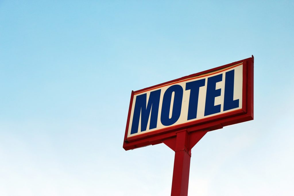 motel-sign