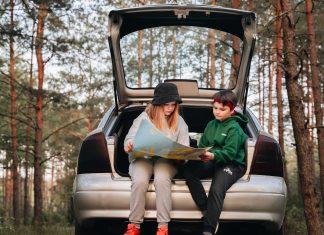 kids-at-road-trip